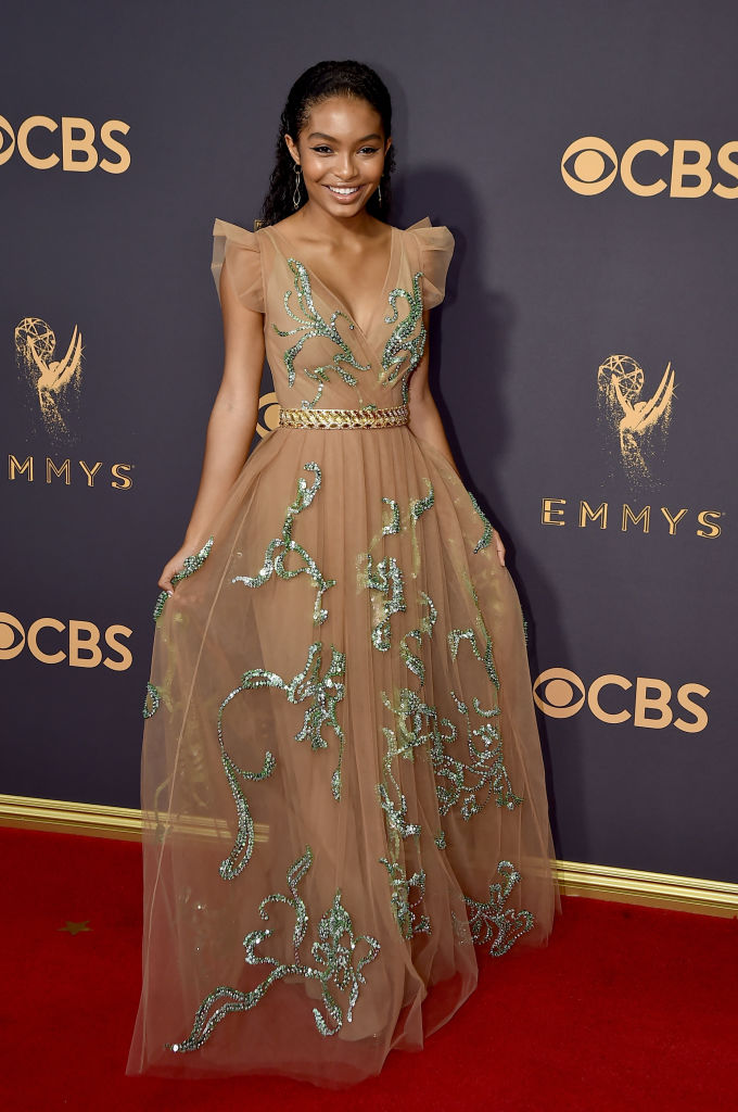 Yara Shahidi is prom dress goals in this glittery Prada gown at the 2017 Emmys  HelloGiggles
