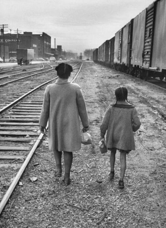 Linda Brown walking with her sister to the bus