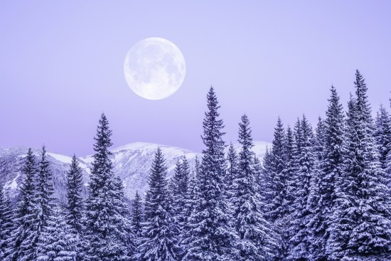 February's Super Snow Moon will be the most spectacular show of the season