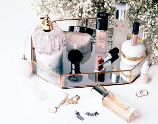 Akira Beauty is a new site that always sells luxury beauty at 10% to 40% off
