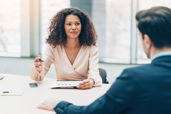 4 negotiating tips every #girlboss should know before asking for a raise