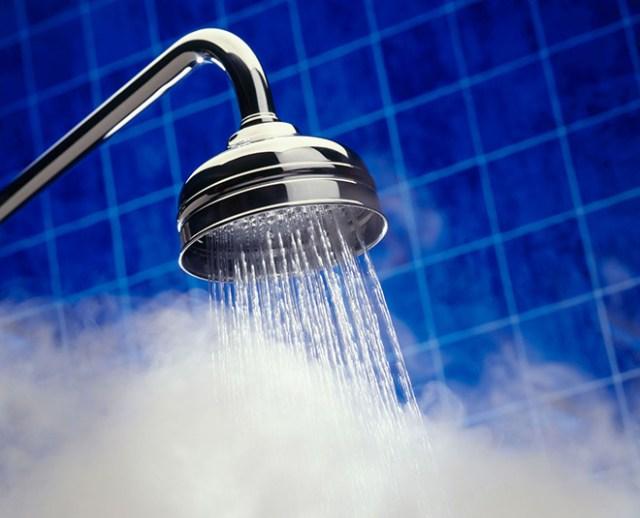 hot water bad for skin main