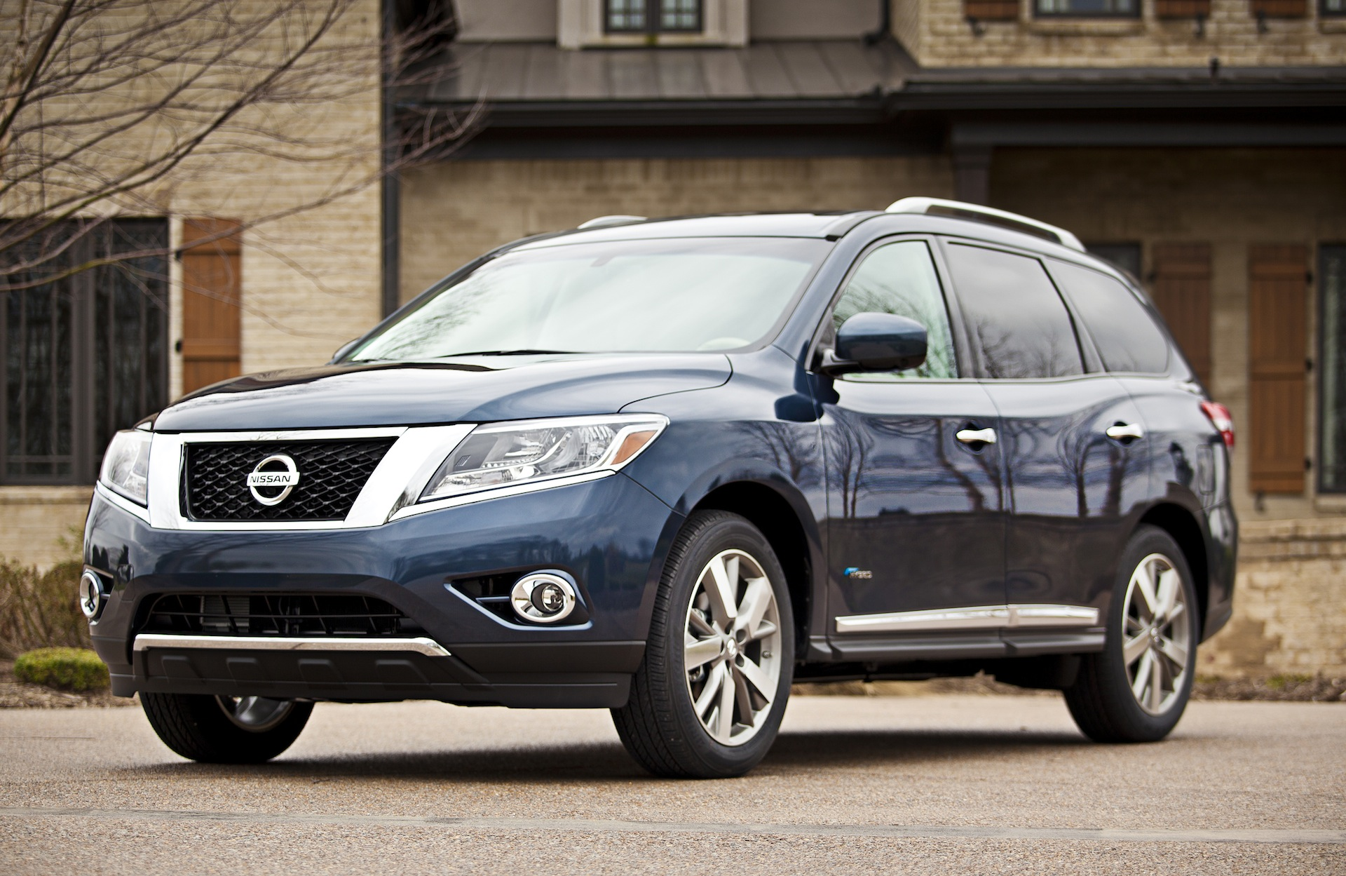 hight resolution of 2014 nissan pathfinder finds five star federal safety rating