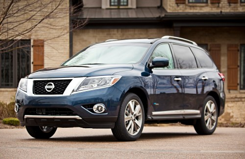 small resolution of 2014 nissan pathfinder finds five star federal safety rating