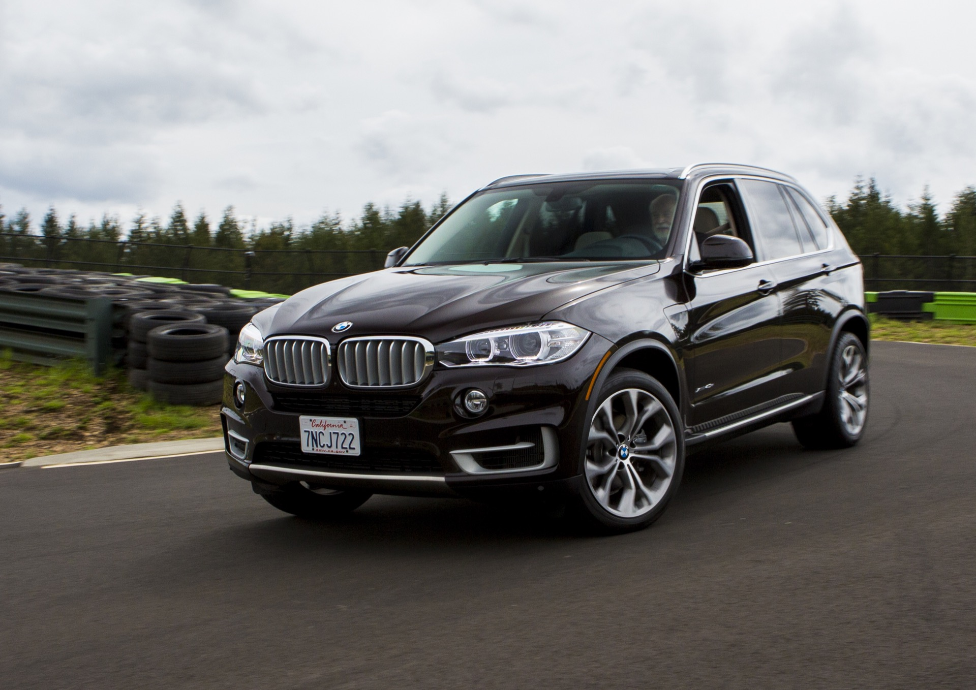 hight resolution of 2016 bmw x5 xdrive40e first drive review