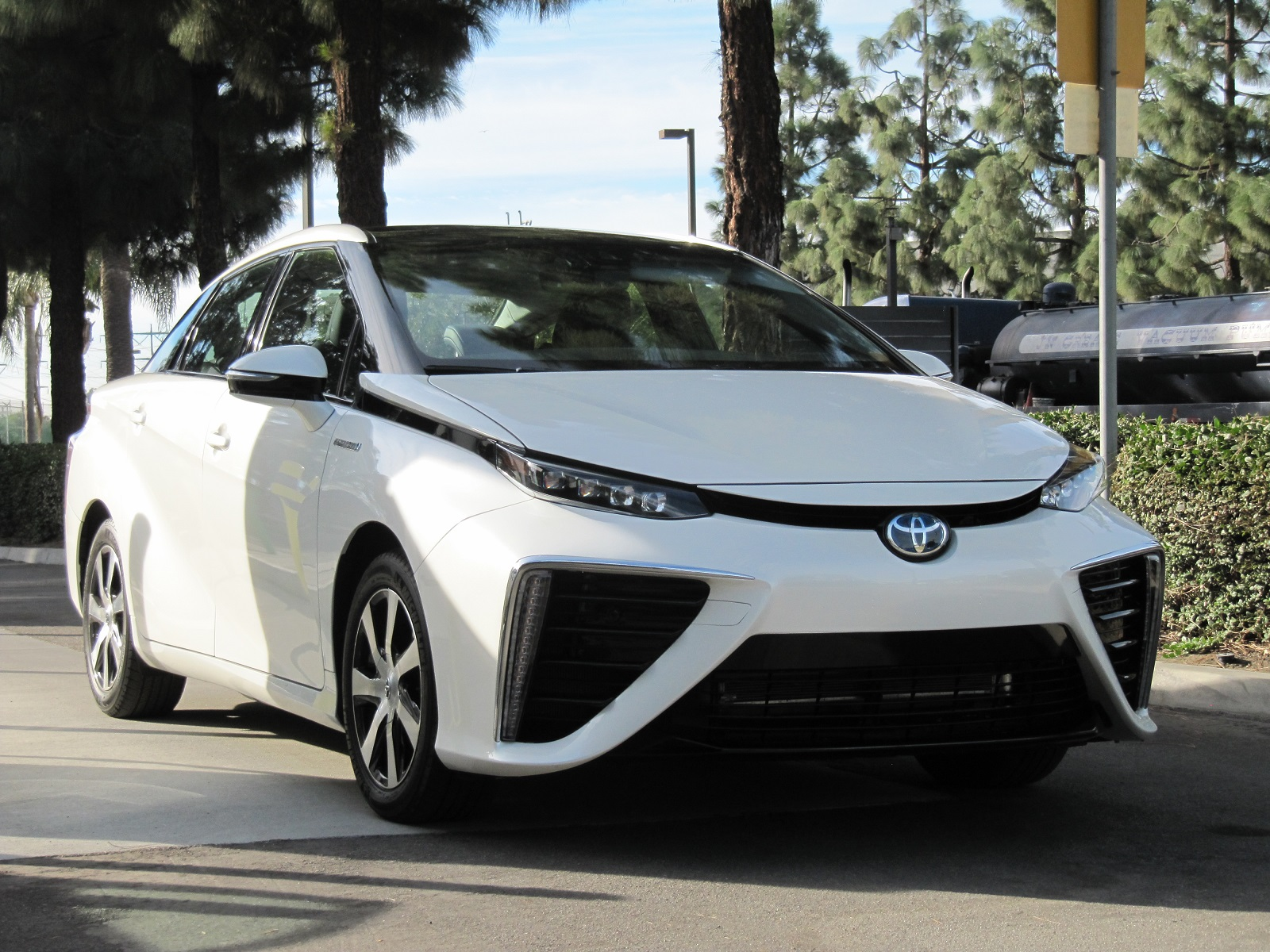 2016 Toyota Mirai Hydrogen Fuel Cell Car First s From Test Drive