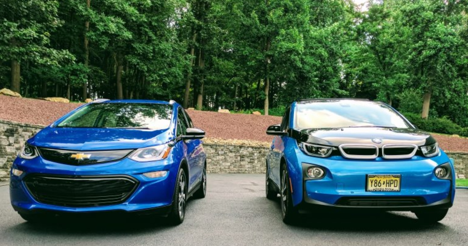 Chevy Bolt EV reviewed by BMW i3 driver electric cars
