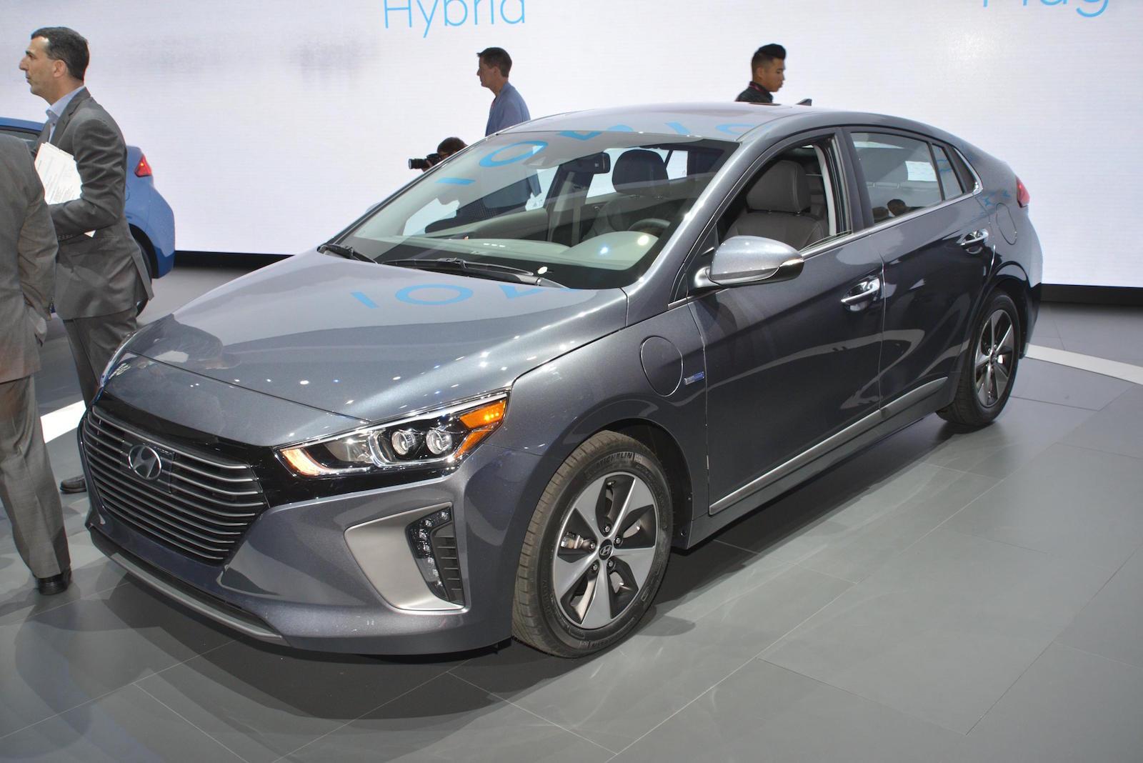 2017 Hyundai Ioniq Preview