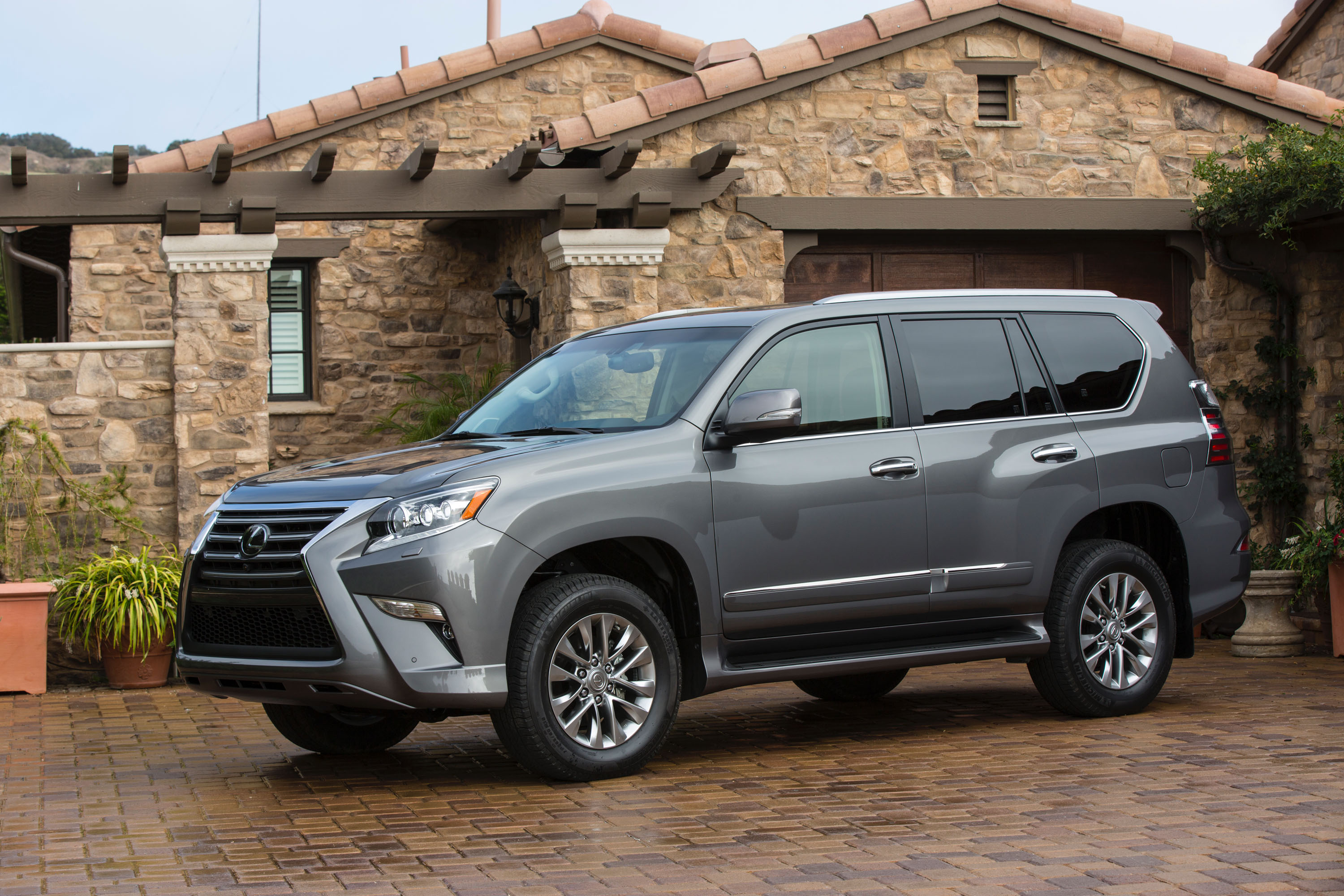 2017 Lexus GX 460 Features Review The Car Connection