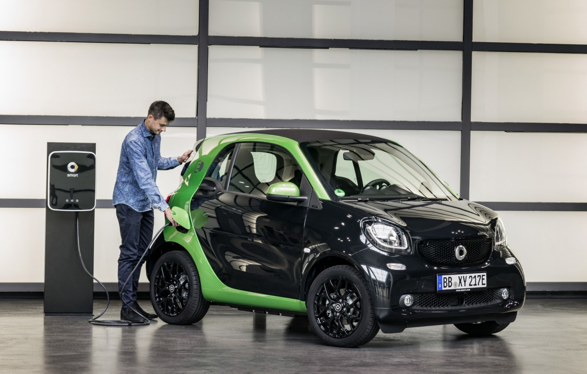 2018 smart fortwo electric drive details released before paris