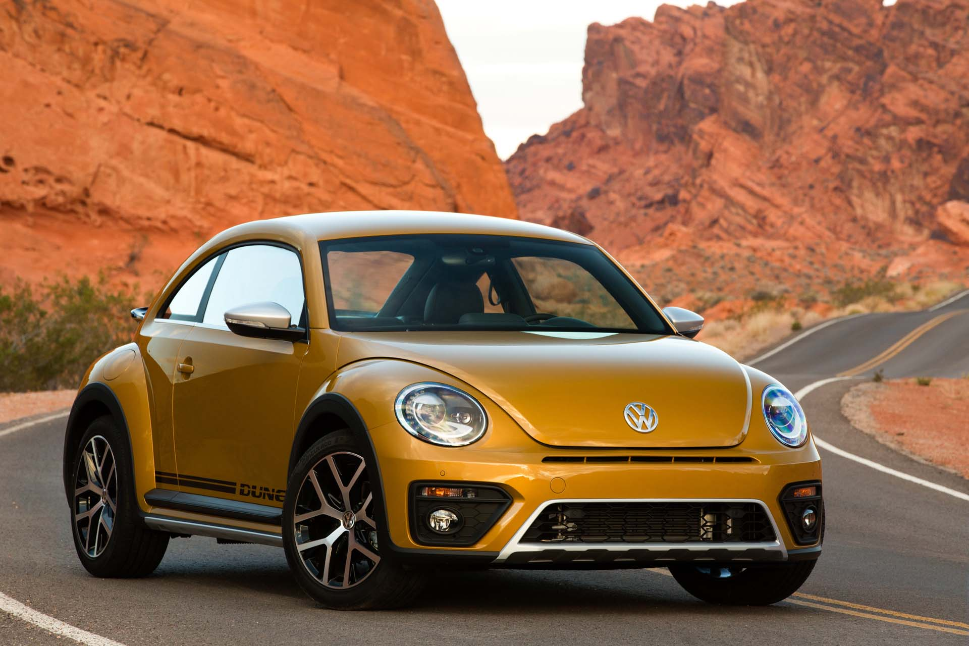 2018 Volkswagen Beetle (vw) Review, Ratings, Specs, Prices