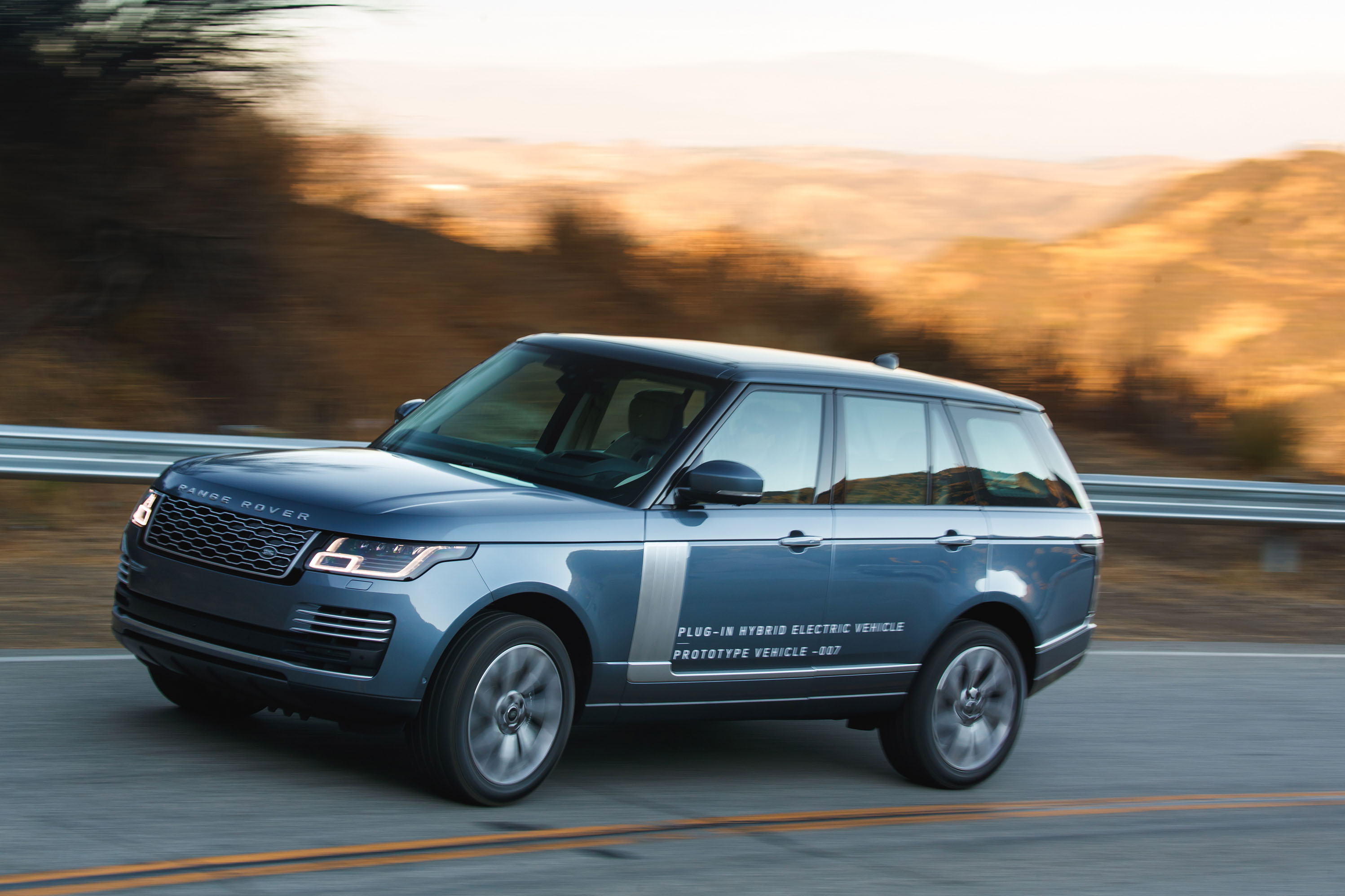 2019 Land Rover Range Rover PHEV first drive London here s your