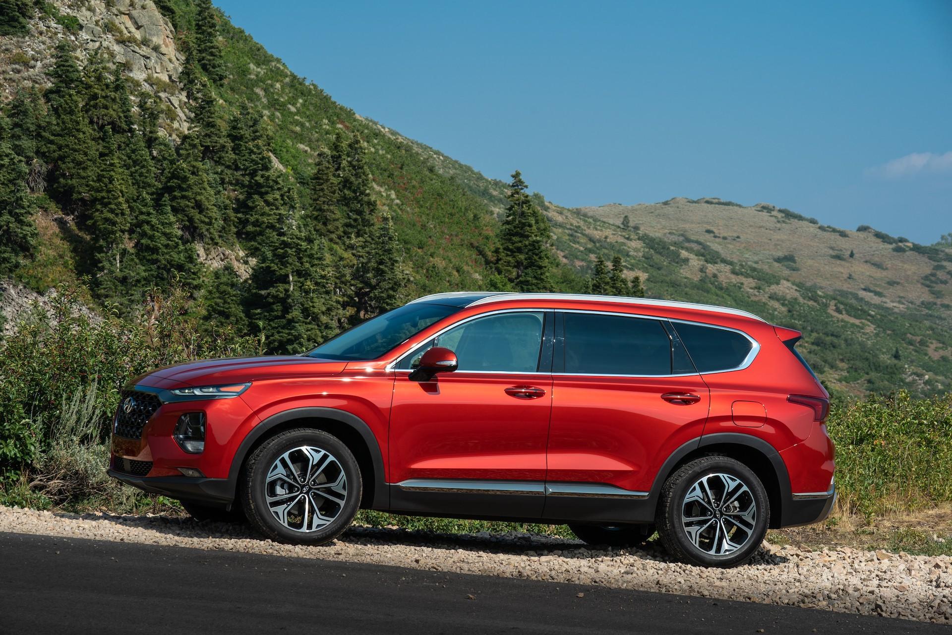 1 of 101 angular rear. 2020 Hyundai Santa Fe Vs 2020 Hyundai Tucson Compare Crossovers