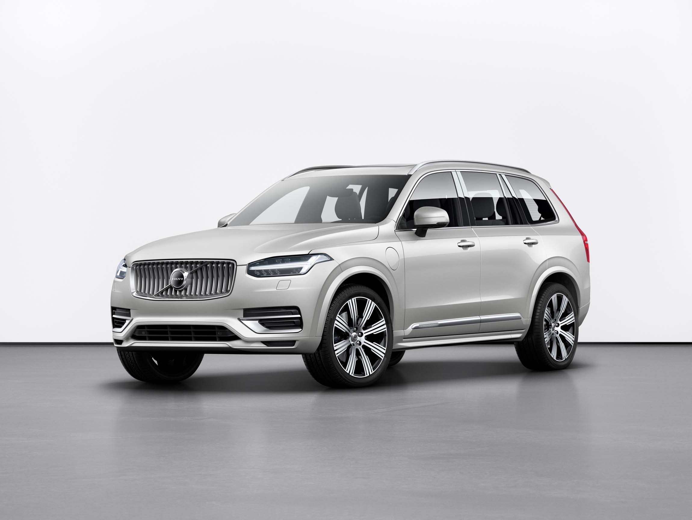 Suv With Captain Chairs Refreshed 2020 Volvo Xc90 Crossover Suv Adds Android Auto Rear