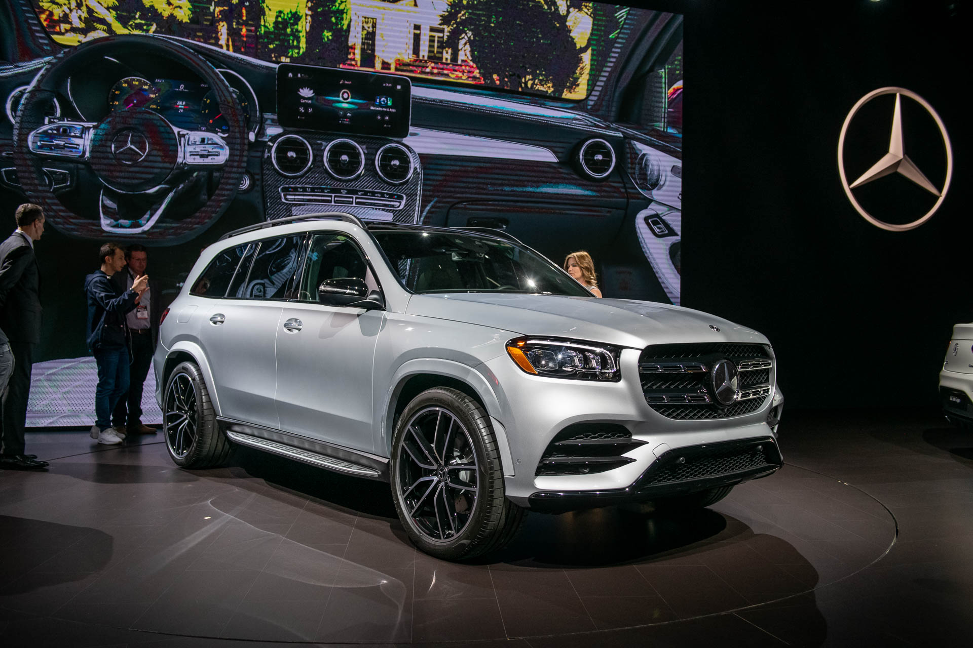 Suv With Captain Chairs 2020 Mercedes Benz Gls Aims To Be The S Class Of Suvs