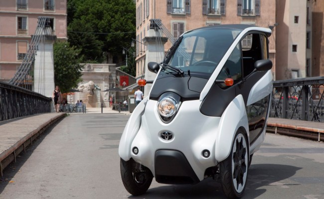 Toyota I Road Electric City Car Undergoes French Car Share
