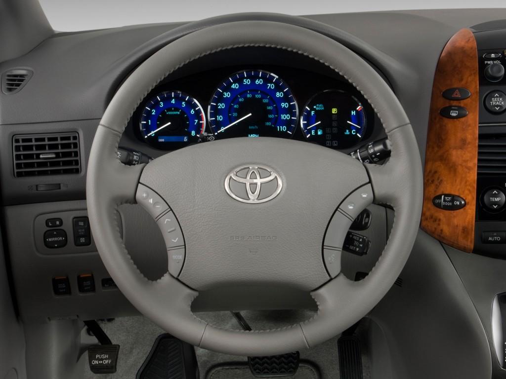 Image 2009 Toyota Sienna 5dr 7 Pass Van Xle Fwd Natl