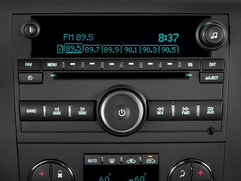 2004 Chevy Silverado Stereo System