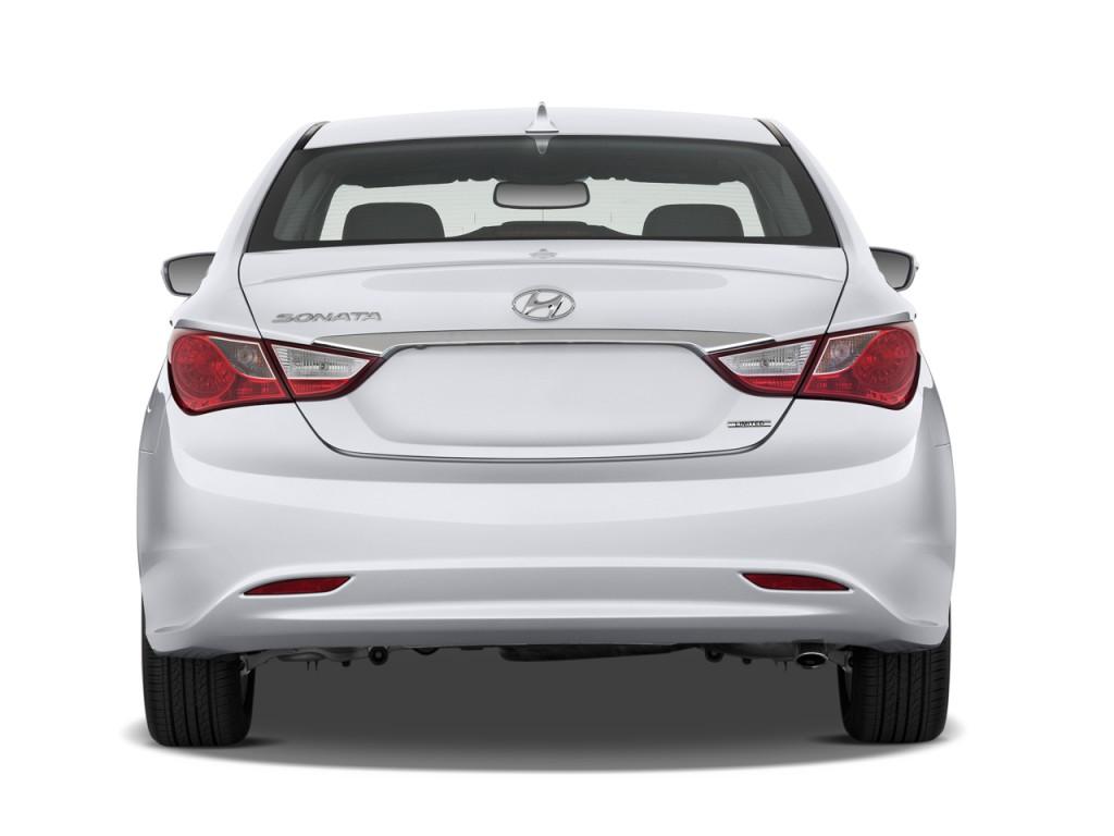 Image 2012 Hyundai Sonata 4 Door Sedan 24L Auto Limited