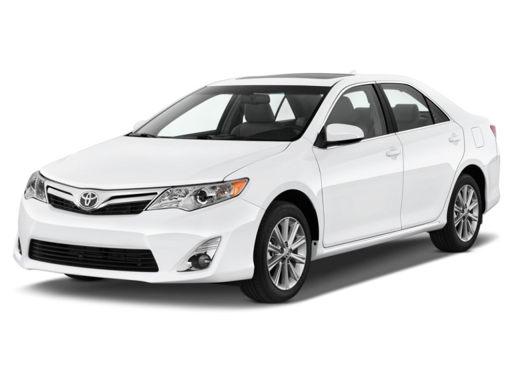 medium resolution of 2014 toyota camry review ratings specs prices and photos the car connection
