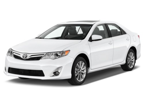 small resolution of 2014 toyota camry review ratings specs prices and photos the car connection