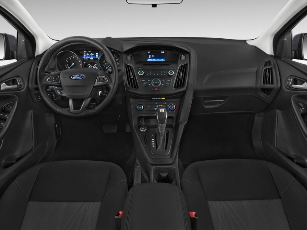 medium resolution of 2015 ford focus 5dr hb se dashboard