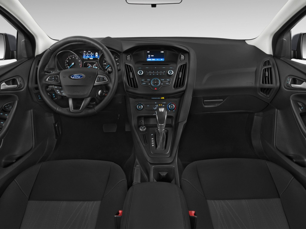hight resolution of 2015 ford focus 5dr hb se dashboard