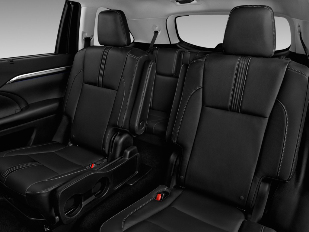 Toyota Highlander Captains Chairs Image 2017 Toyota Highlander Se V6 Awd Natl Rear Seats