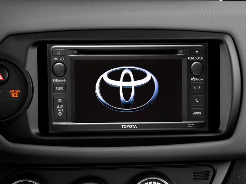 Image 2017 Toyota Yaris 5 Door Se Manual Natl Audio