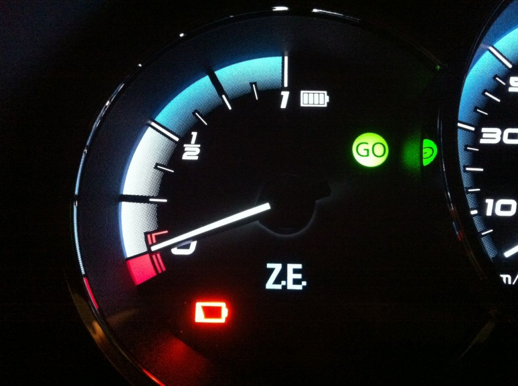 Image Low Battery Red Warning Light On Better Place