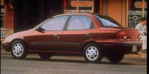 1997 Geo Metro PicturesPhotos Gallery  The Car Connection