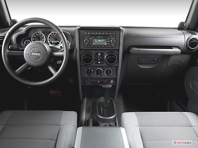 2013 Jeep Sahara 4 Door