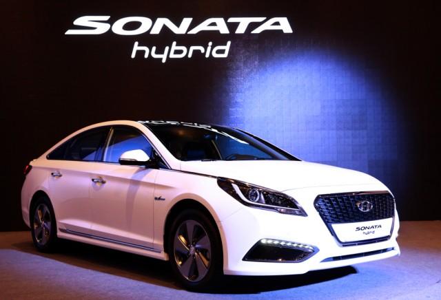 New Hyundai Sonata Hybrid Unveiled In Korea US Sales In