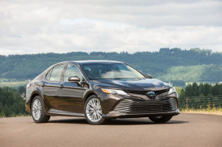 all new camry 2018 review lampu stop grand veloz toyota ratings specs prices and photos the car connection