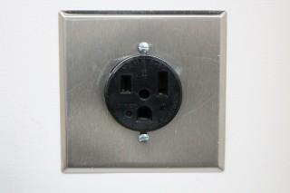 NEMA 6-50 socket