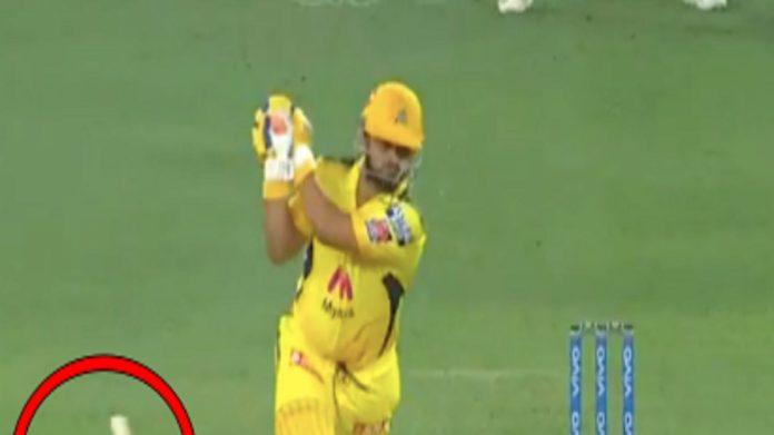 Ipl 2021 csk vs mi suresh raina Bat Breaks as trent boult take his wicket -  Hindi Samachar 24
