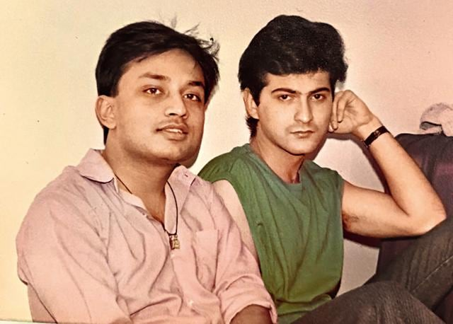 The actor with his batchmate Sharad Mathur