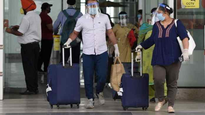 Steep hike in fares on India-US flights after US govt's 'do not travel'  advisory   Latest News India - Hindustan Times
