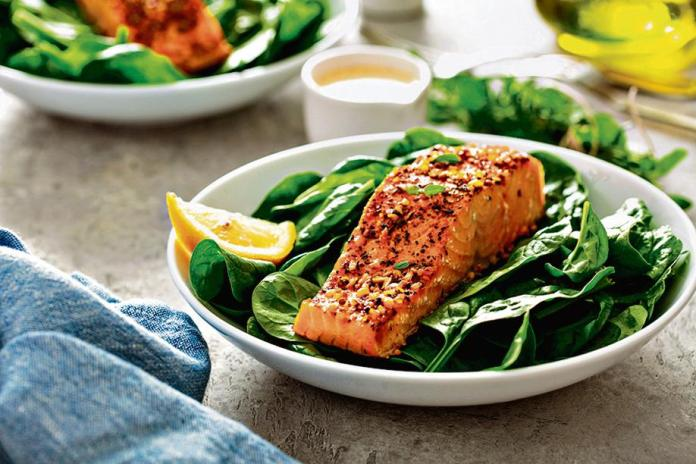 A balanced diet with leafy vegetables, fish and lots of fruits is recommended