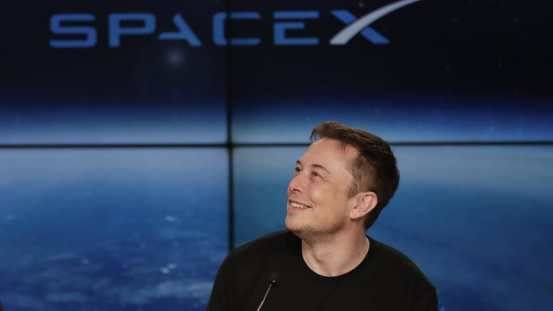 Elon Musk says bases on the Moon of Mars could preserve civilization in World War III