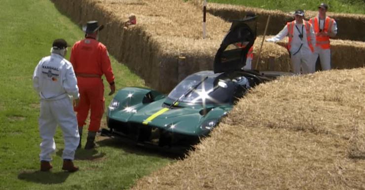 Aston-Martin-Valkyrie-breakdown-Goodwood.jpg
