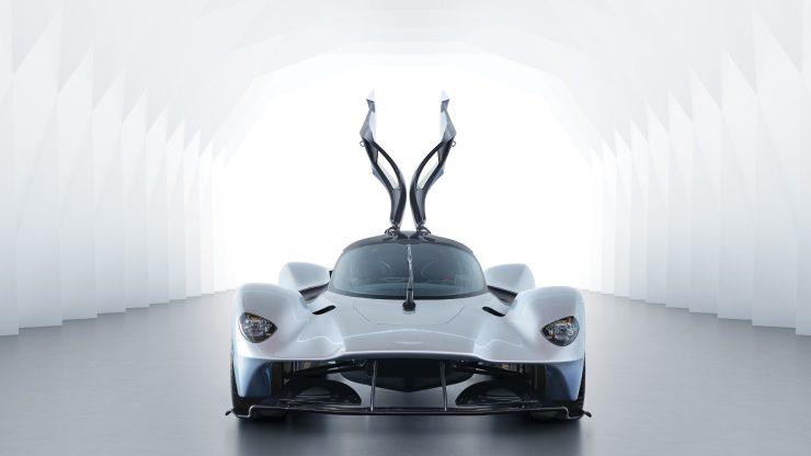 Aston Martin Valkyrie 1-1.jpg
