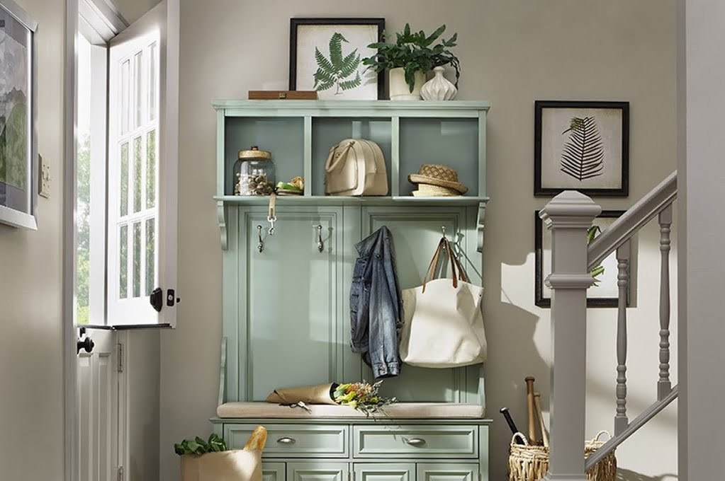 American Farmhouse Mudroom Entryway The Home Depot