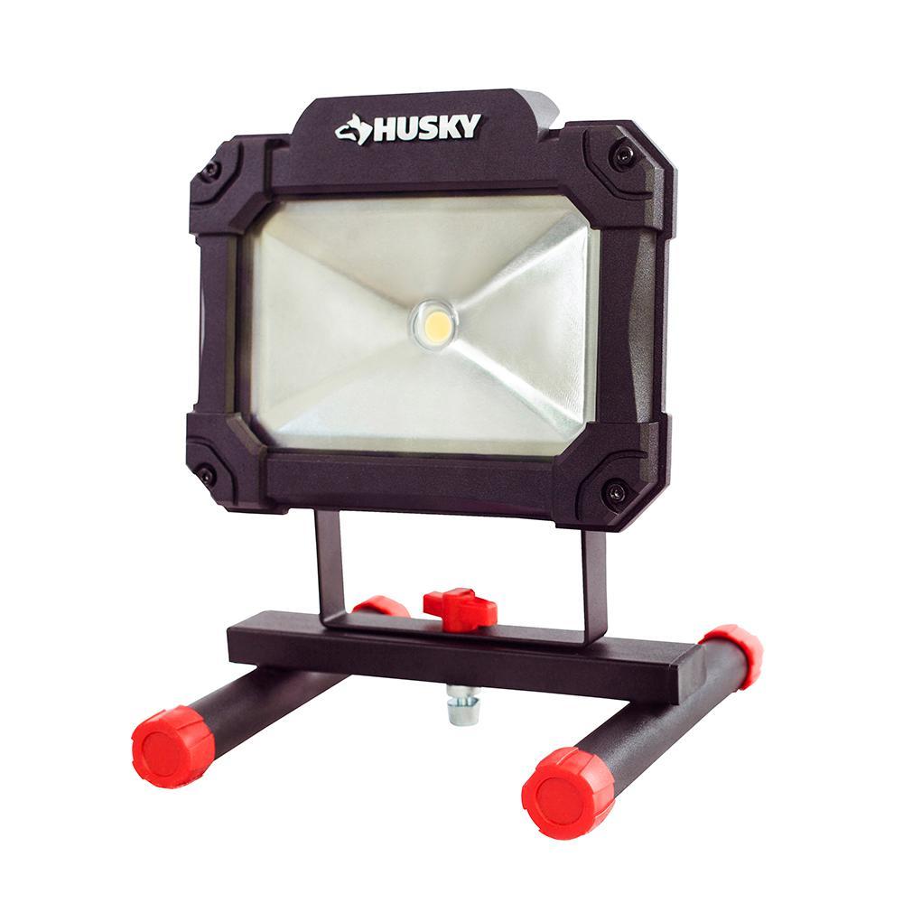 husky 1500 lumen portable