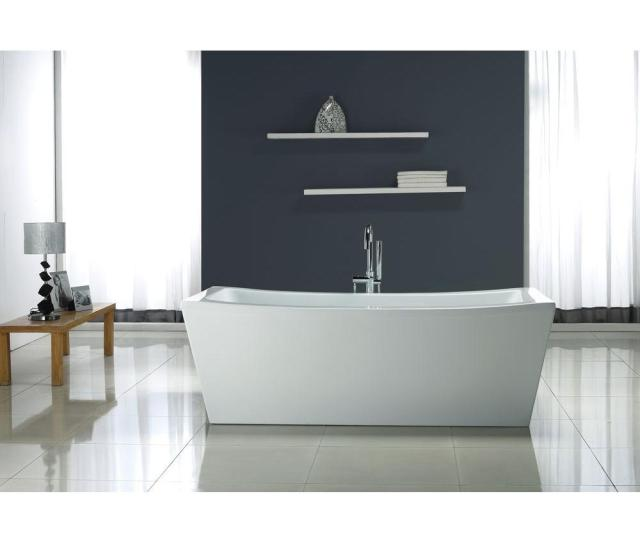 Ove Decors   Ft Terra Center Drain Bathtub In White