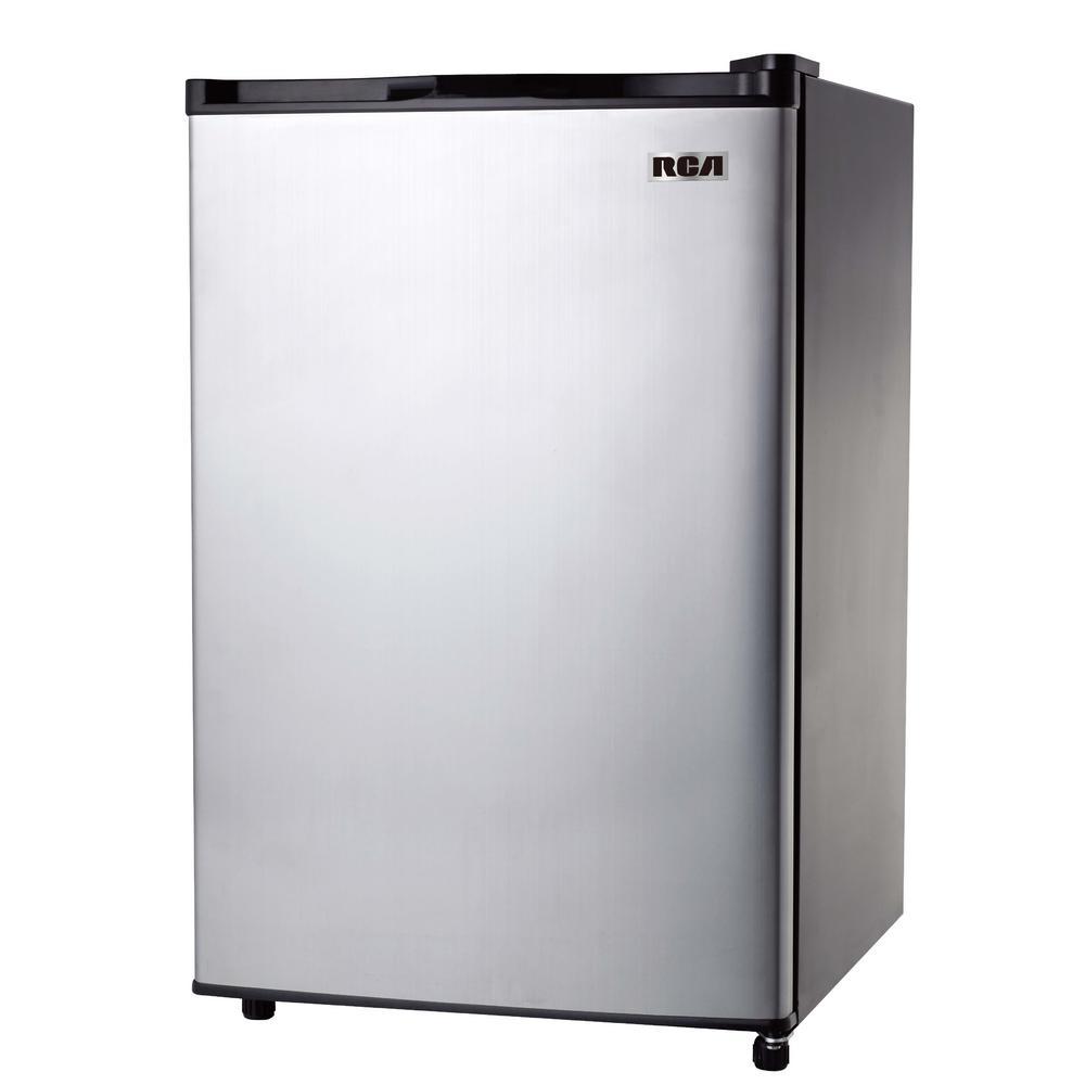 hight resolution of mini fridge in stainless steel