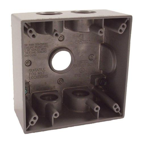 small resolution of 2 gang weatherproof box with five 3 4 in outlets