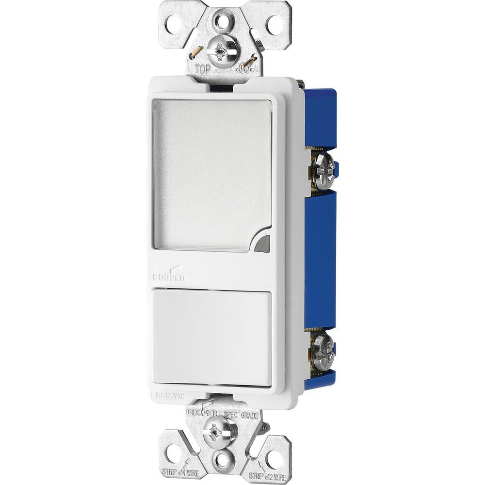hight resolution of eaton 15 amp 120 volt combination switch with 1 watt led nightlight white