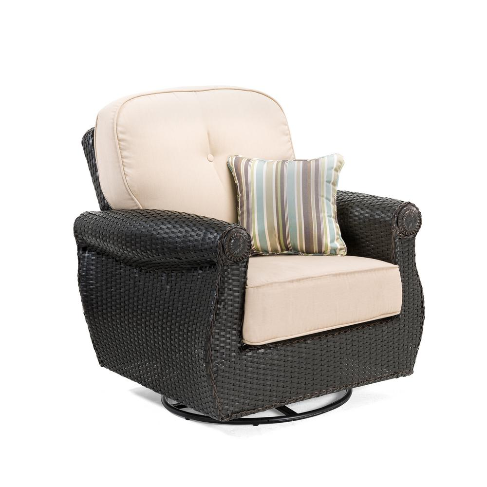 Lazy Boy Swivel Chair La Z Boy Breckenridge Swivel Wicker Outdoor Lounge Chair With Sunbrella Spectrum Sand Cushion