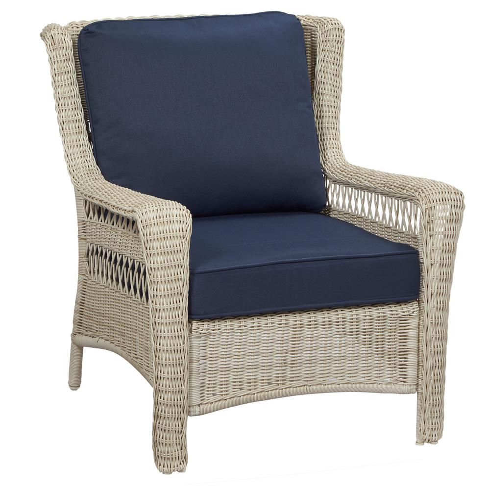 White Outdoor Lounge Chair Hampton Bay Park Meadows Off White Stationary Wicker Outdoor Lounge Chair With Midnight Cushion